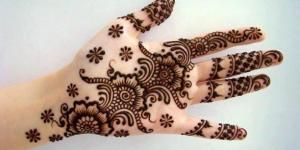 img_how_to_remove_mehndi_at_home_with_natural_products_2632_300_150.jpg (300×150)