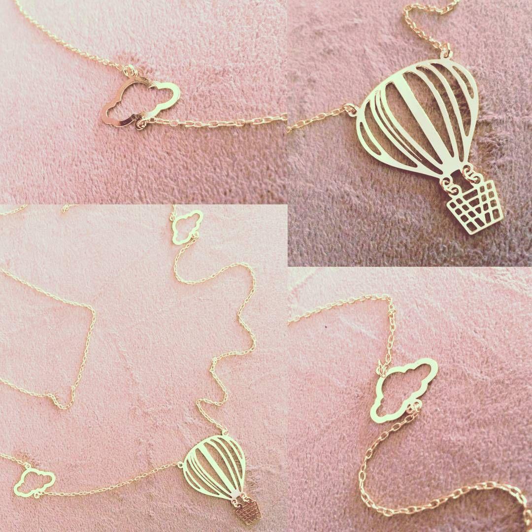 #new #collection #finally #paulaferreira #semijoia#revenda#nyc #ny#love #saudade #fashion #design #art #arte #red #baloon #balões #vanilla #sky #céu#colar#gold #necklace #dourado