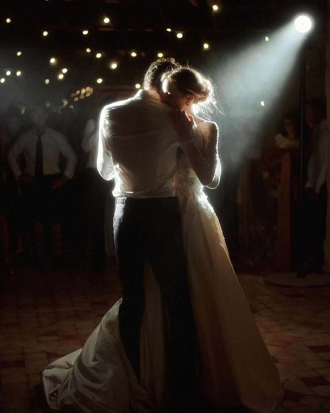 Tips Tricks For Wedding Photographers Creatives Entrepreneurs Amazing Wedding Photos Romantic Photos Wedding Shots