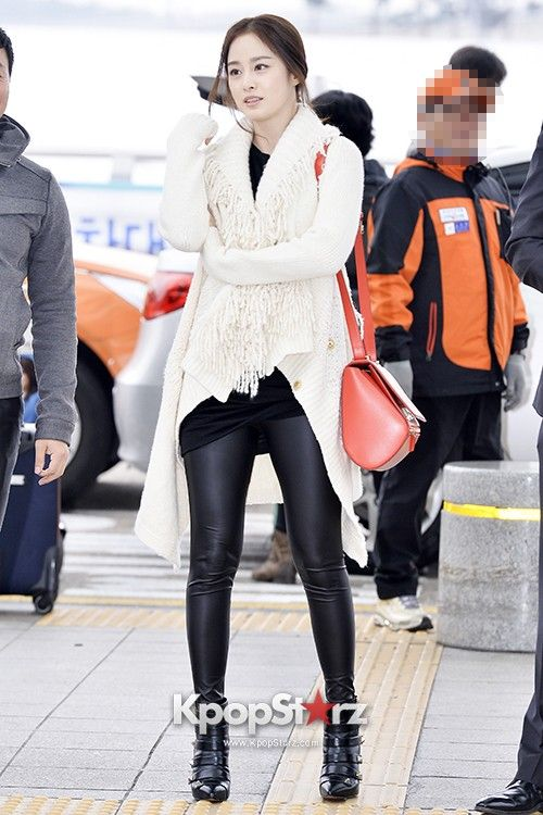 Kim Tae Hee Kim Tae Hee Pinterest Kim Tae Hee Airport Fashion And Actresses