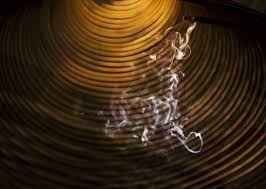 Résultats de recherche d'images pour «incense smoke photography»