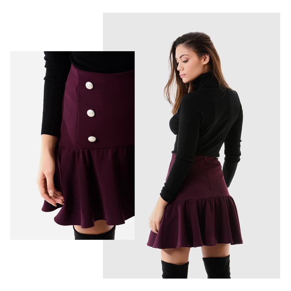 Mini skirt with double pearl lines in the front. Frilled lower part.  Invisible back 50e14a30a6c
