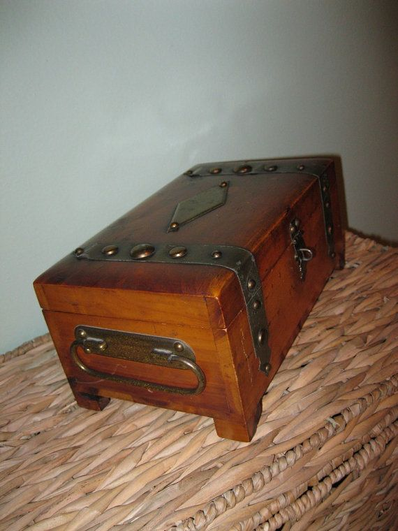 1940s Antique Mens Jewelry Box Treasure Chest Pilliod Ohio Art