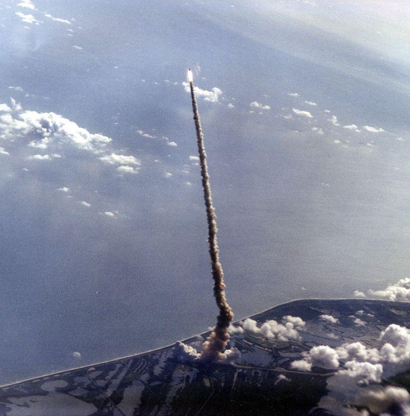 Bild könnte enthalten Wolken, Himmel und im Freien is part of Space -