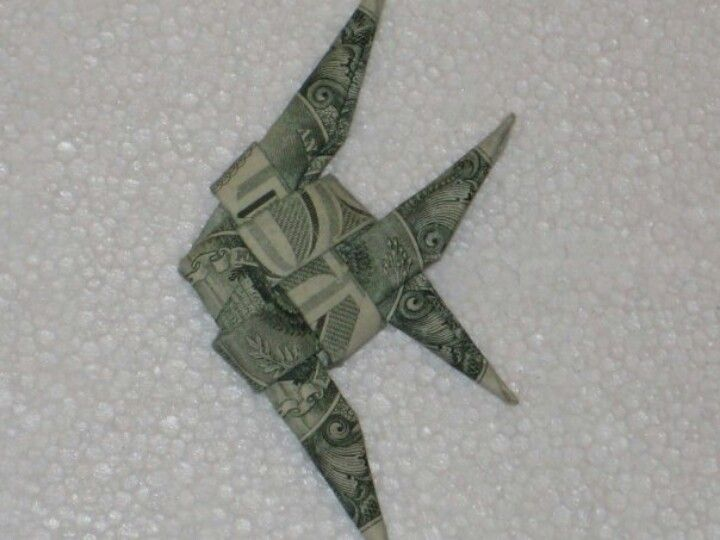 Dollar origami money angel fish dollar money origami for Easy dollar bill origami fish
