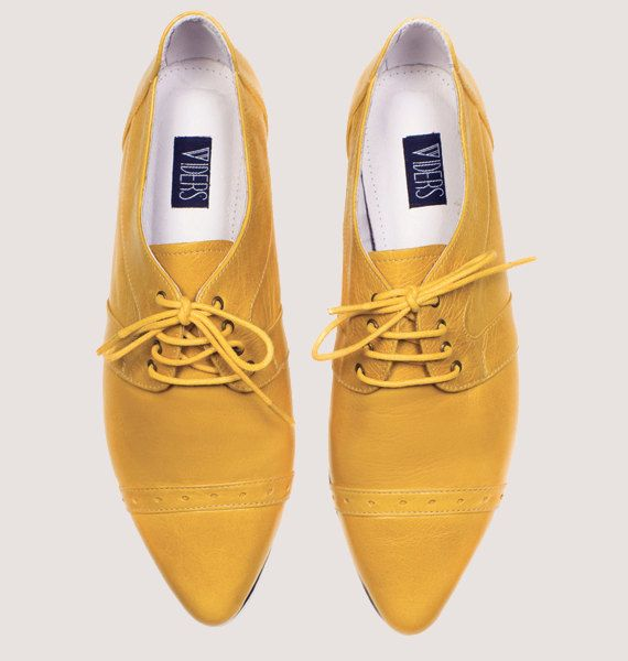 a436382c58a36 Womens oxford shoes // Yellow leather flats // Womens brogues ...