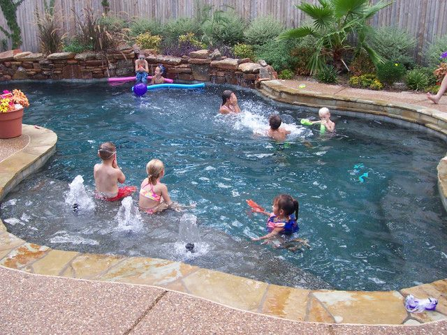 Swimming pool gallery pool gallery 101 1398 for Pool design 101