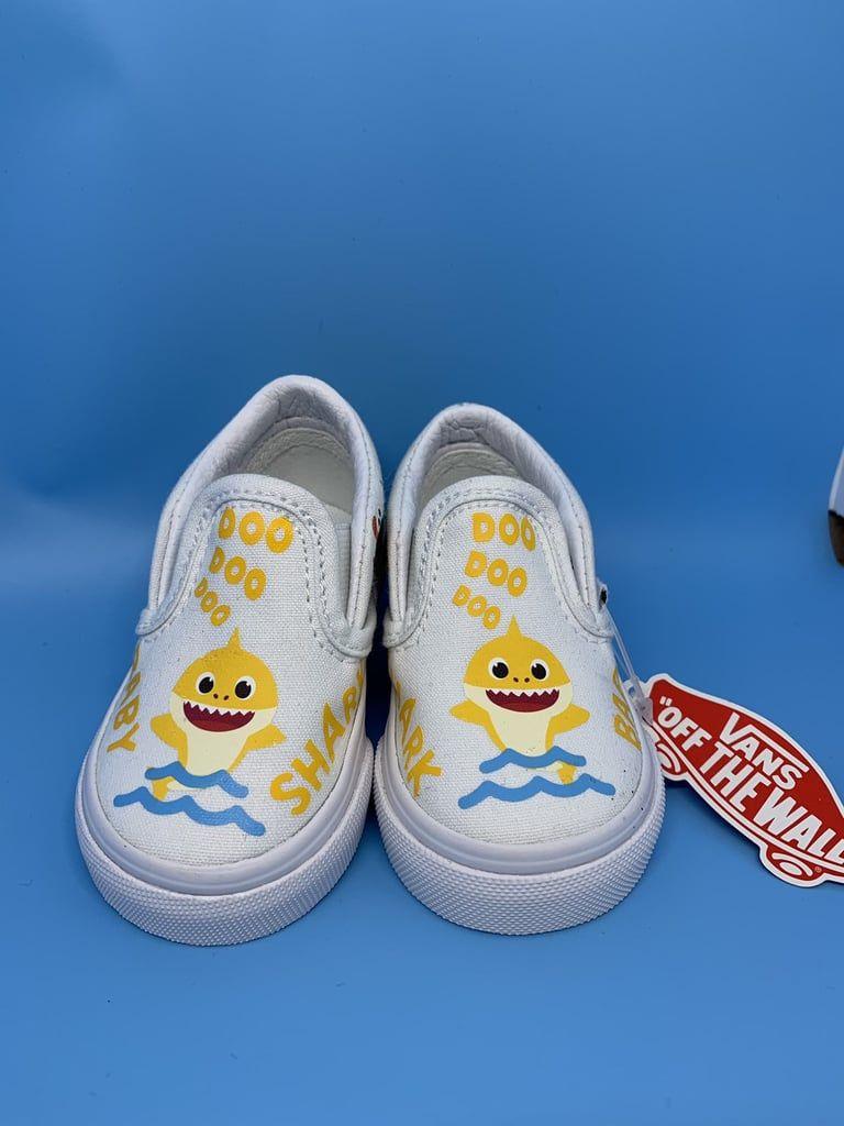 Shark shoes, Vans old skool custom