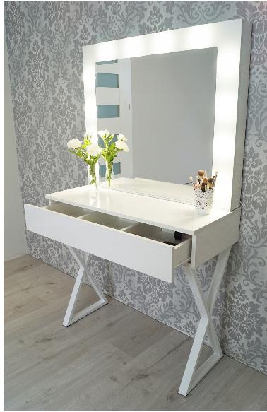 Zrzut Ekranu Toaletka Biala Do Makijazu Z Oswietleniem Lustro Home Decor Decor Home