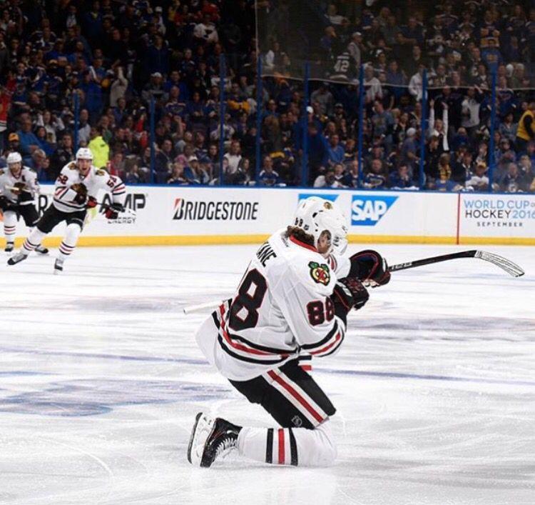 Kaner Dials It Up Chicago Blackhawks Hockey Blackhawks Hockey National Hockey League