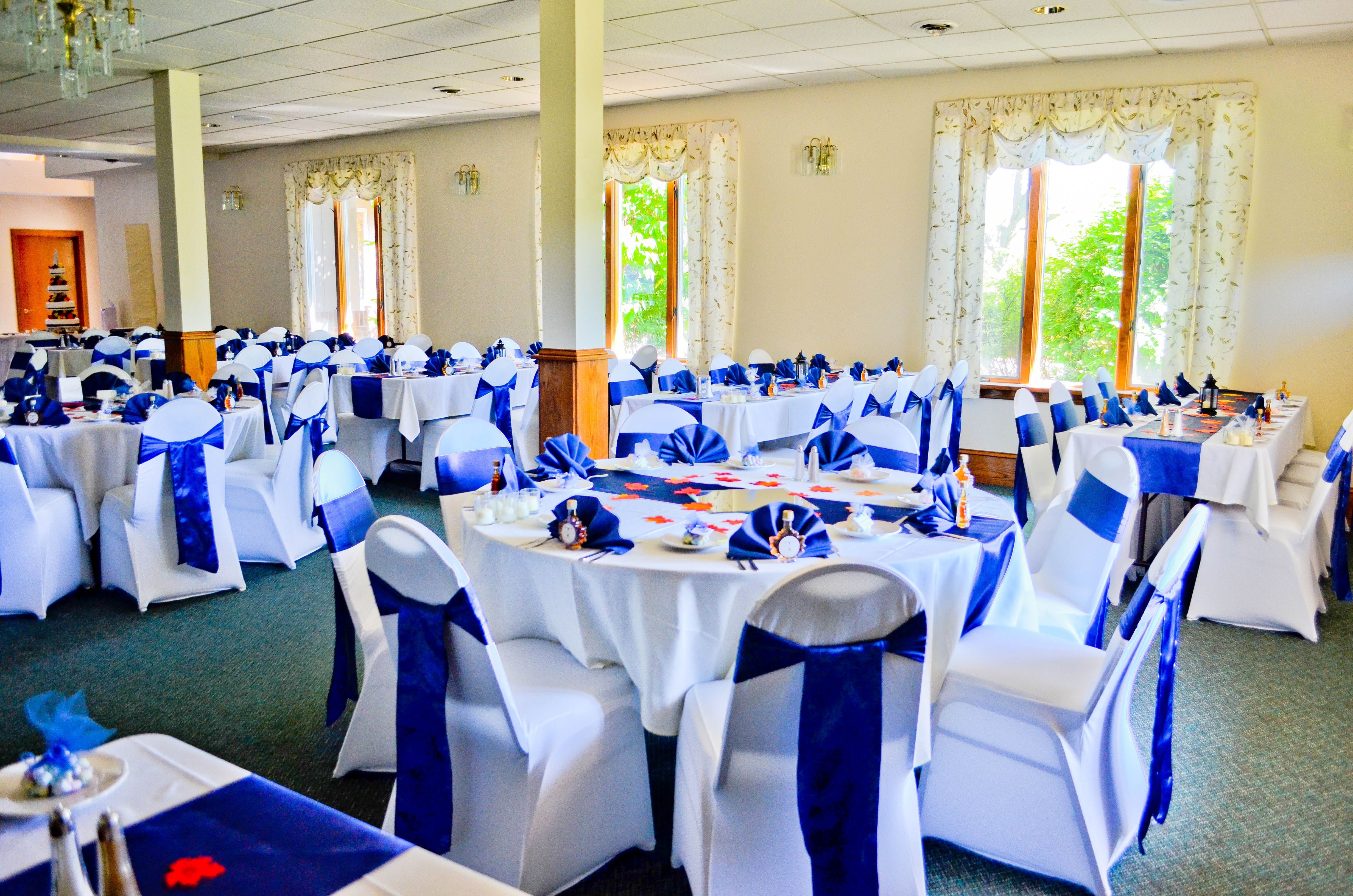 Event Black & White Spandex Chair Covers Purple Satin Sashes White Polyester Tablecloths Damask Table Runners Purple Mirrored Vases & Lavende…