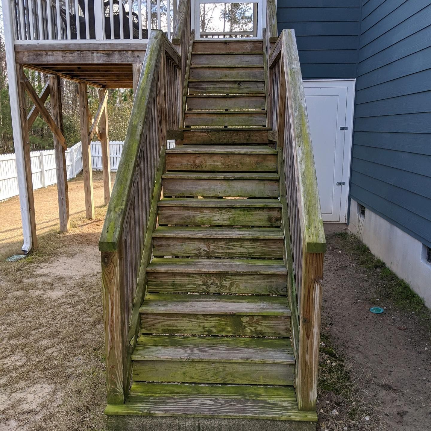 What A Beautiful Restoration By Pine State Power Washing In North Carolina The Pictures Speak Volumes Good People An Stain Projects Restoration Fence Stain