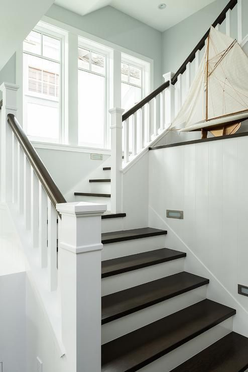 Best Diy Two Tone Staircase For The Home White Staircase 400 x 300