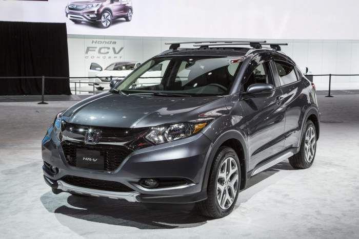 2018 Honda Hr V Release Date Redesign Specs Honda Hrv Honda Hrv Interior Honda Crv