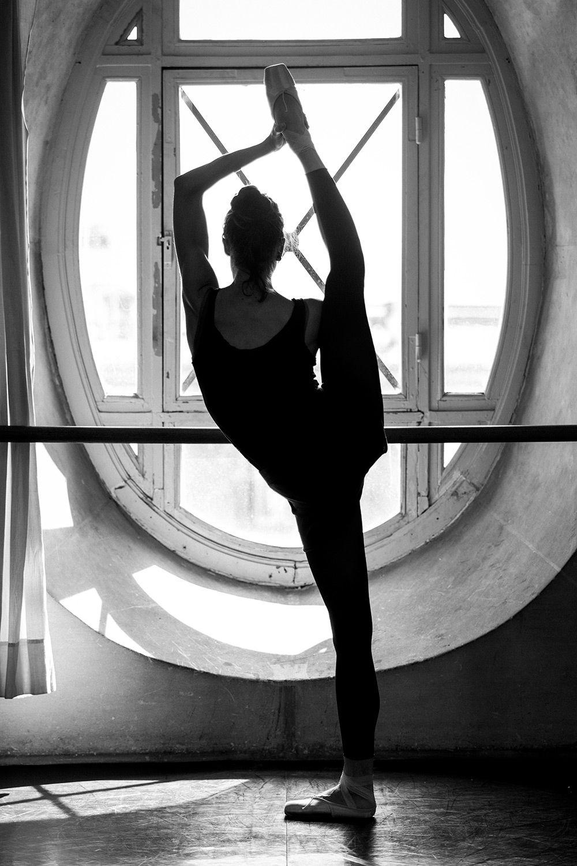 Dorothée Gilbert, training in the Zambelli's room inside the Opéra Garnier. Photo by James Bort