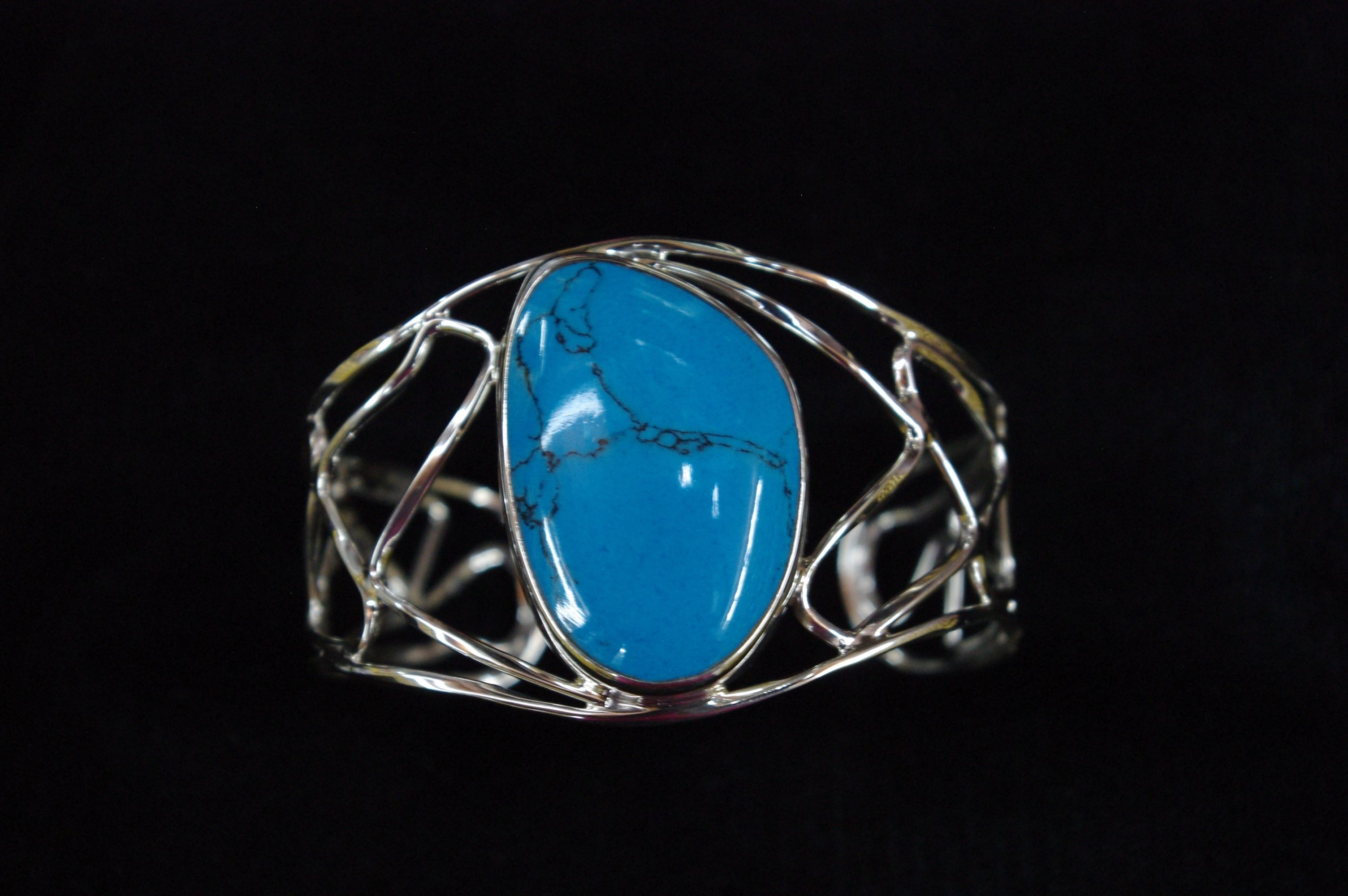 Gorgeous silver bangle with turquoise stone from the Mexicana ...