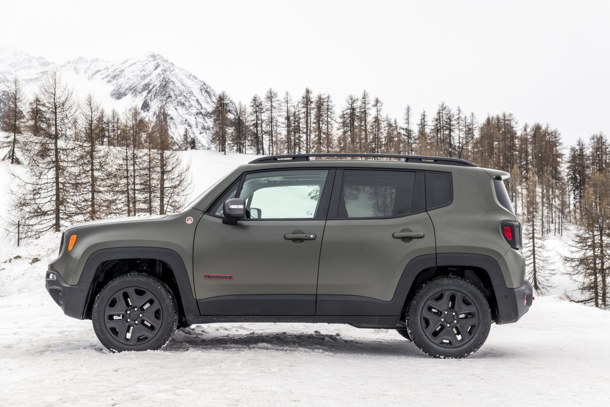 Jeep Renegade 2018 Mas Conectividad Y Funcionalidad Jeep Renegade Jeep Cool Cars