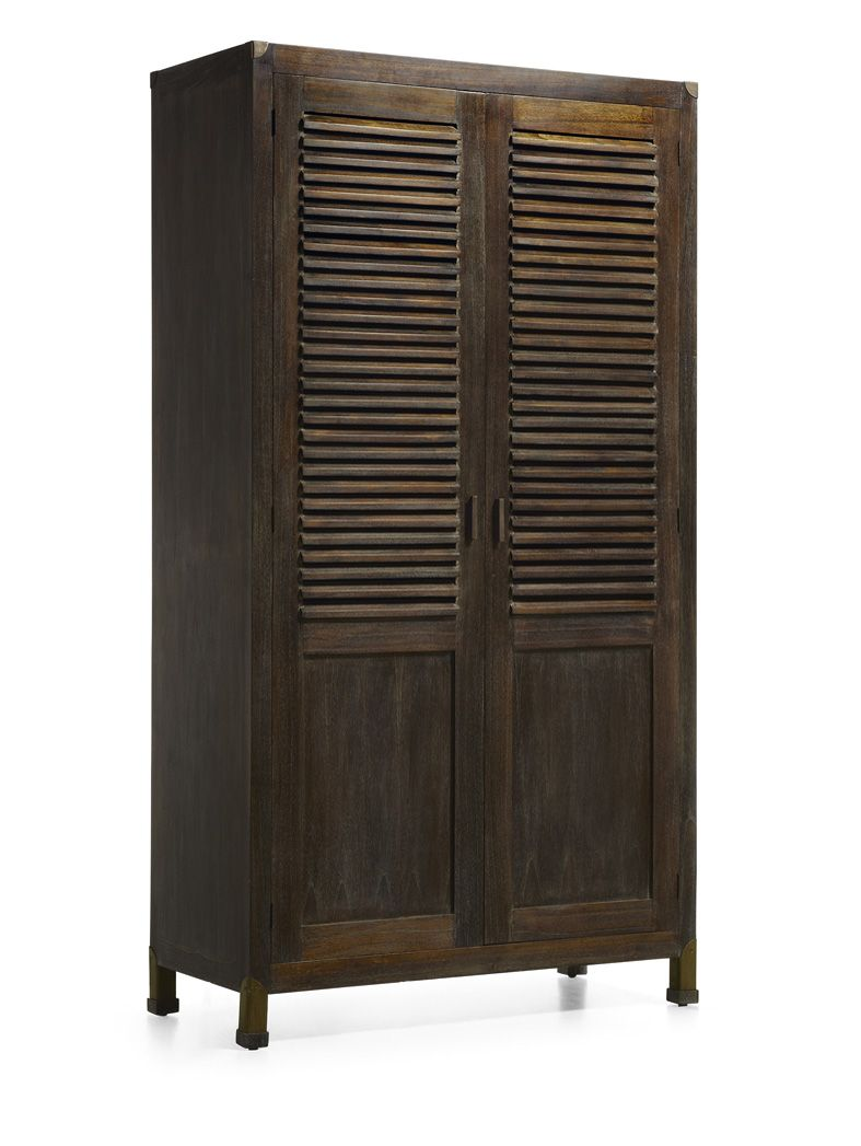 armoire au style industriel collection industrial. Black Bedroom Furniture Sets. Home Design Ideas