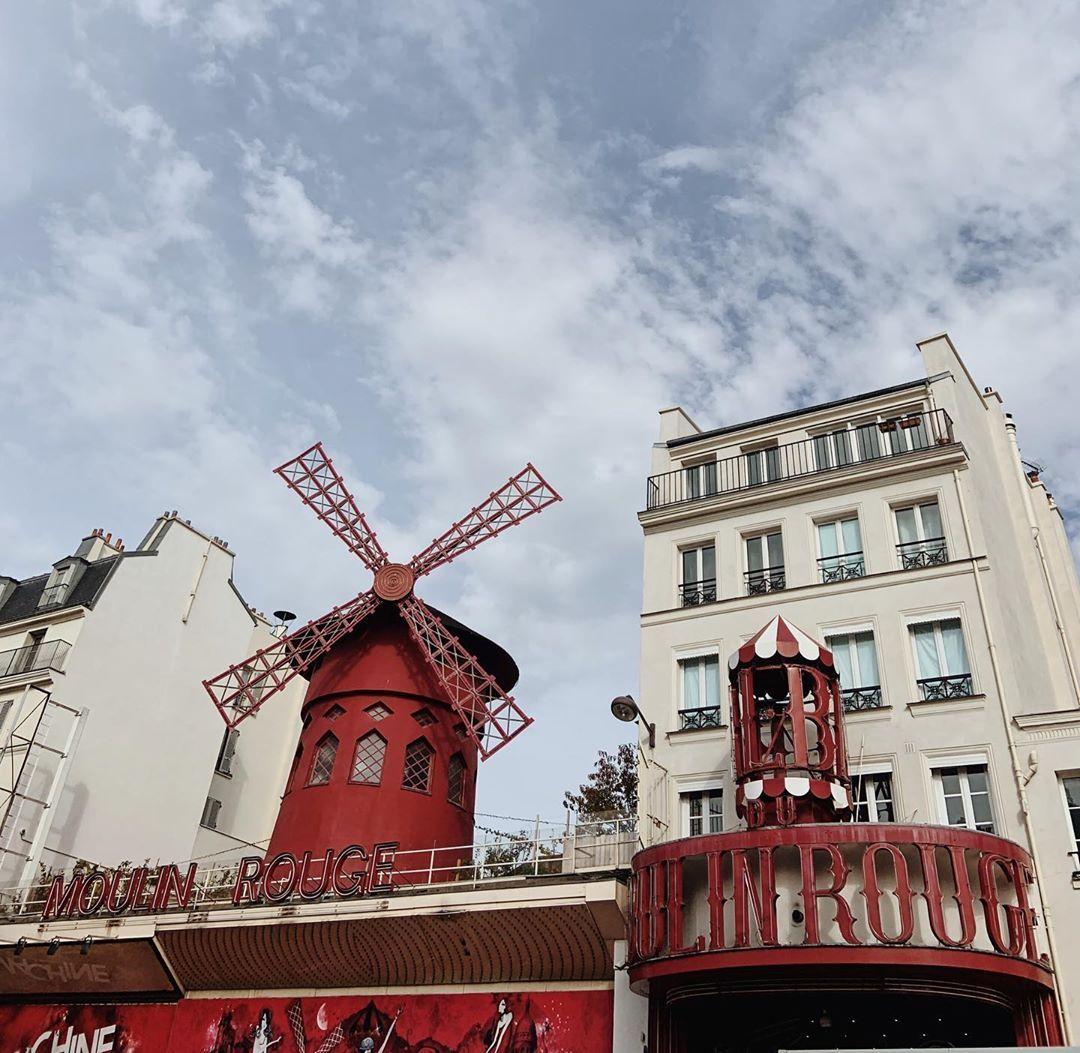 Moulinrouge Paris France Visitparis Visit Paris Big Ben Paris