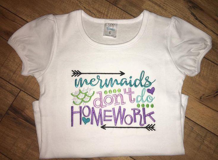 #der #des #erster #hausaufgaben #keine #kindergartenteachernetflix #kindergartens #klasse #machen #maedchen #meerjungfrauen #schultag #shirt #tag Erster Schultag Shirt / Meerjungfrauen machen keine Hausaufgaben / Erster Tag des Kindergartens / Erster Tag der 1. Klasse / Mädchen Erster Schultag Shirt #etsy # k5designsbykim #backtoschoolshirt #firstdayofschooloutfits #der #des #erster #hausaufgaben #keine #kindergartenteachernetflix #kindergartens #klasse #machen #maedchen #meerjungfrauen #schult #firstdayofschooloutfits