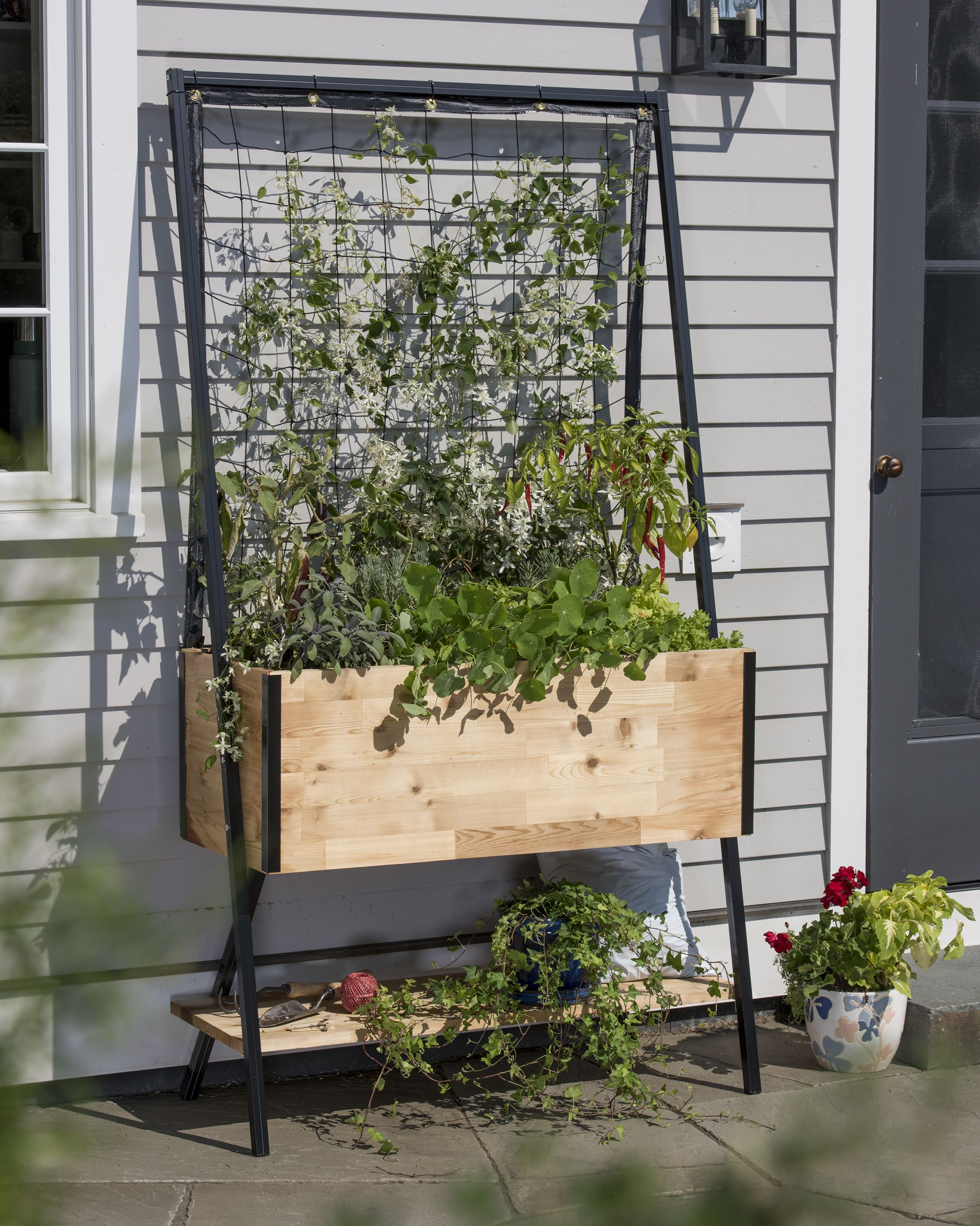Wood garden planter box with trellis Vertical and patio garden