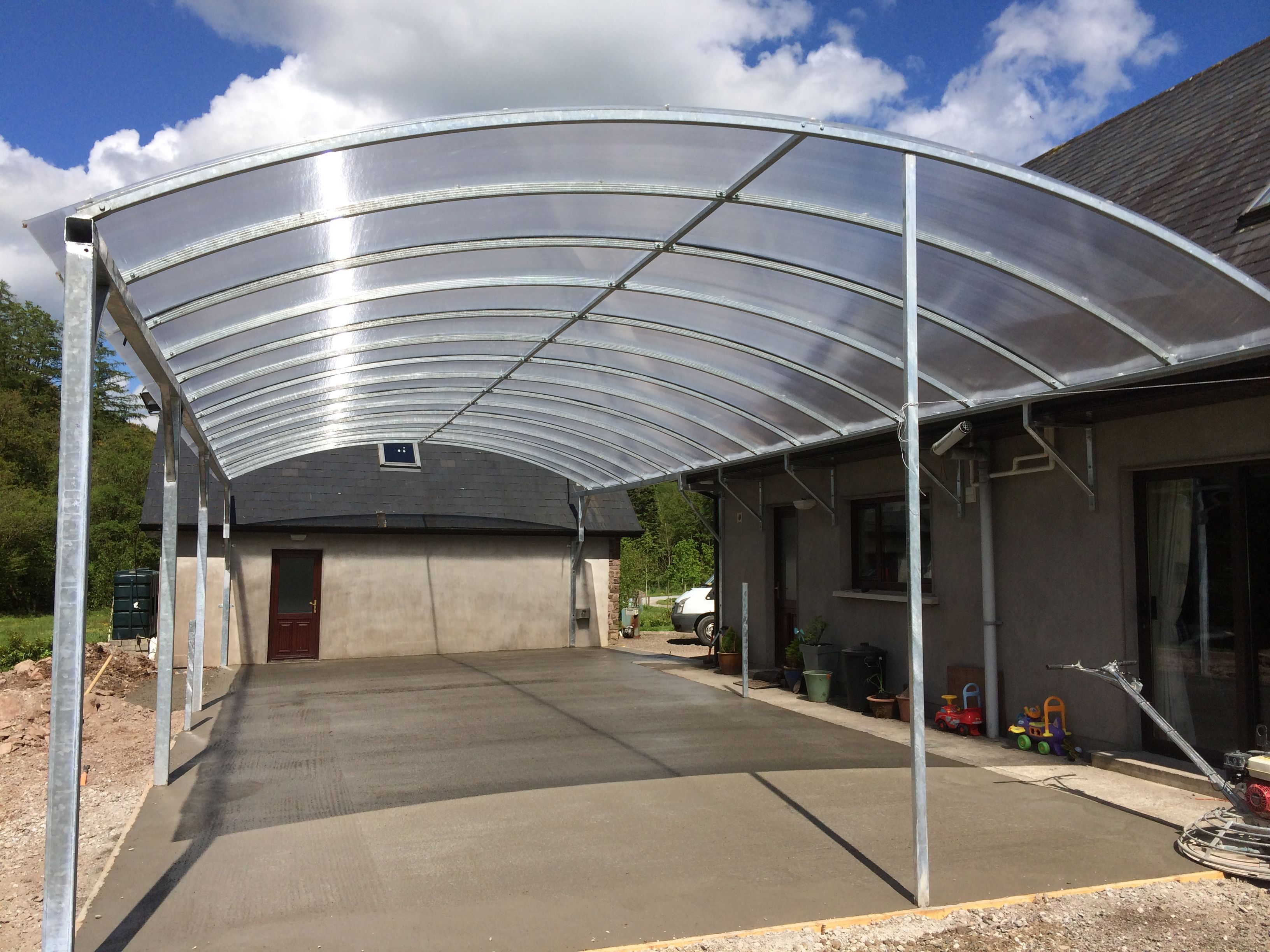 Multiwall Polycarbonate Sheet Used In Curved Roof Application Roof Architecture Flat Roof Shed Modern Roofing
