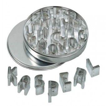 Metalen uitsnijvormpjes letters