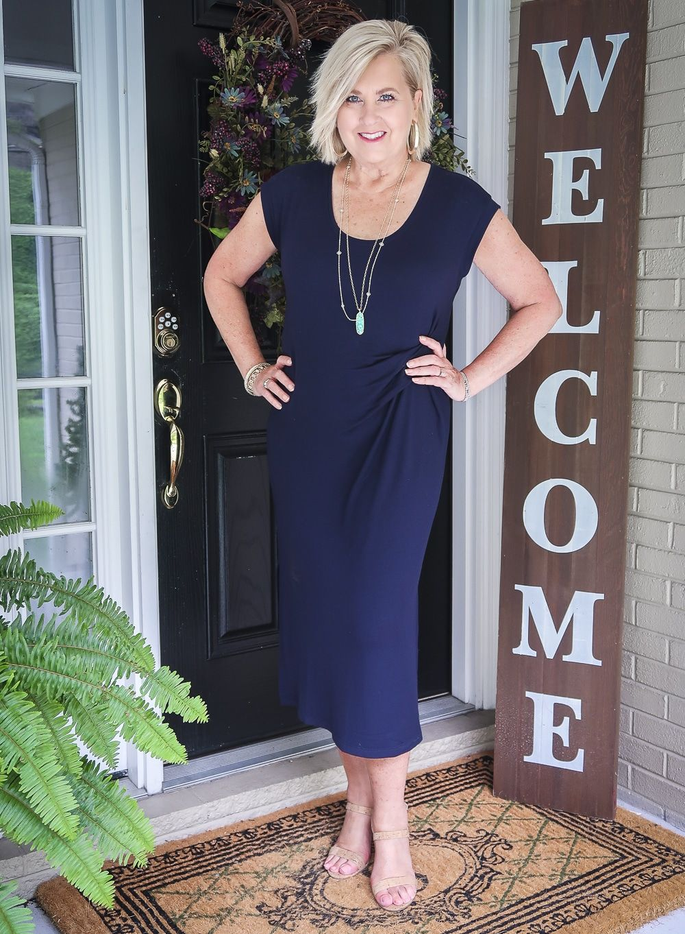 Picking Styles That Can Be Worn All Year Round 50 Is Not Old Dresses Women Over 50 Summer Dresses For Women Summer Outfits Women [ 1362 x 1000 Pixel ]