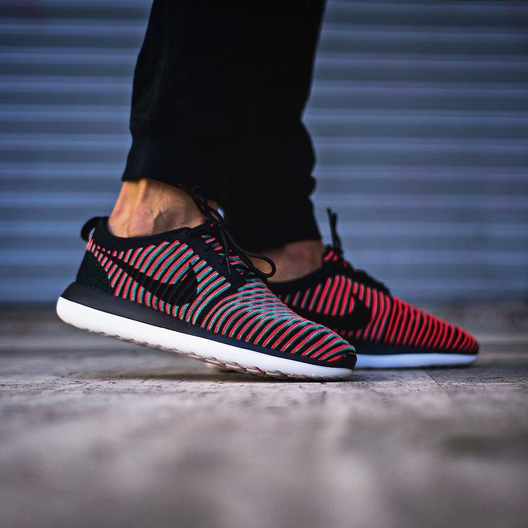 WMNS Nike Roshe Two [844931 601] NSW Casual Dark Cayenne