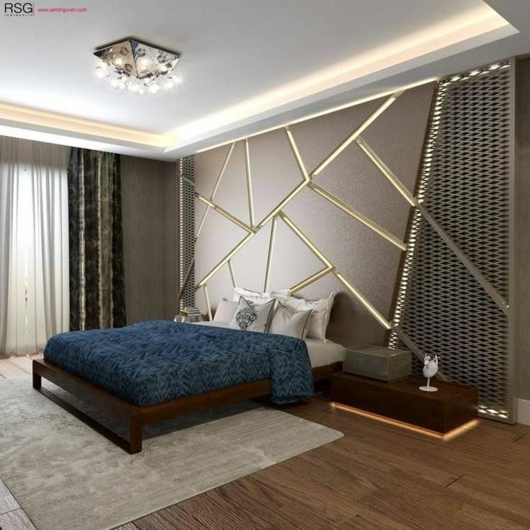 Wände mit Stein und indirekter Beleuchtung dekoriert