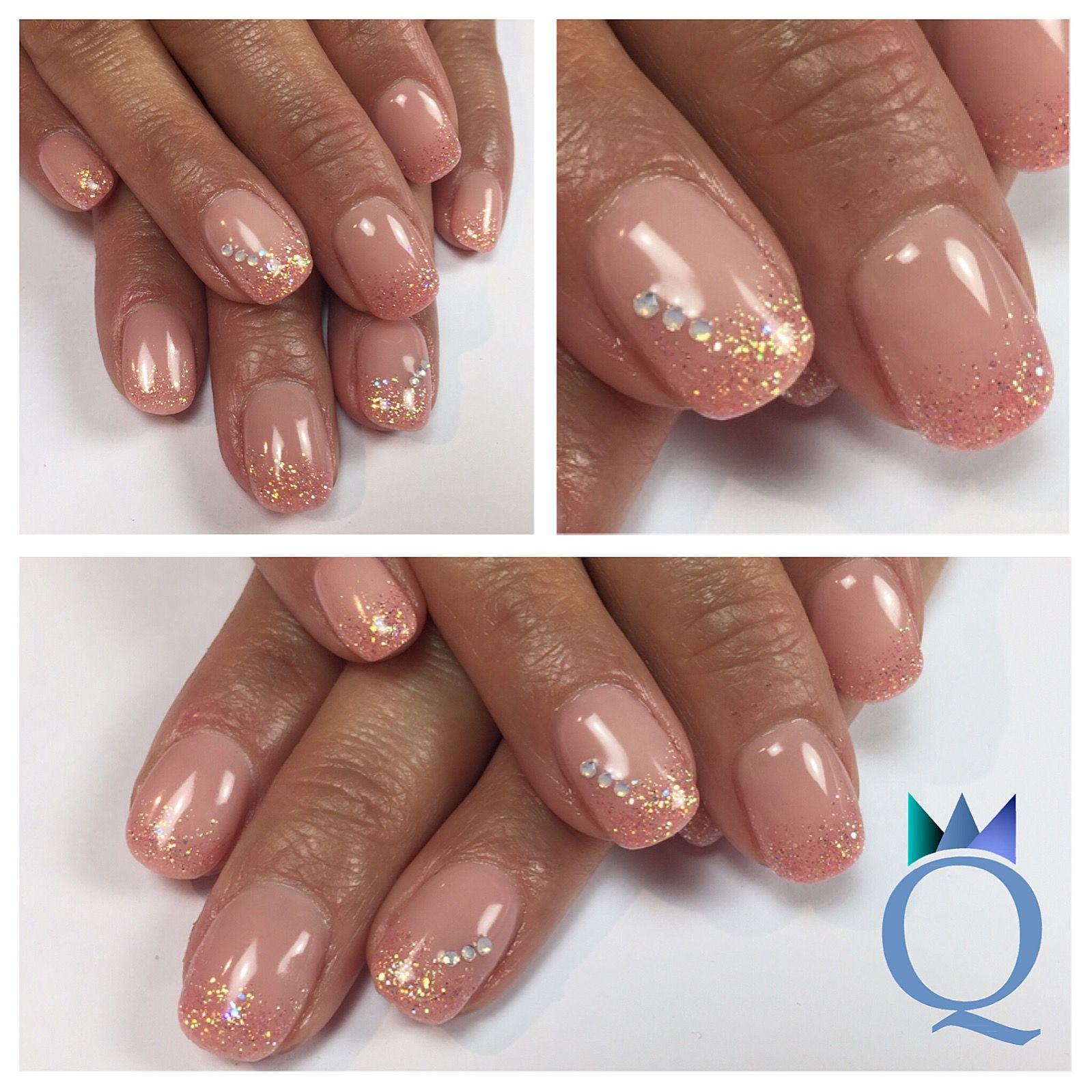 shortnails #gelnails #nails #peach #glitter #white #cristal ...