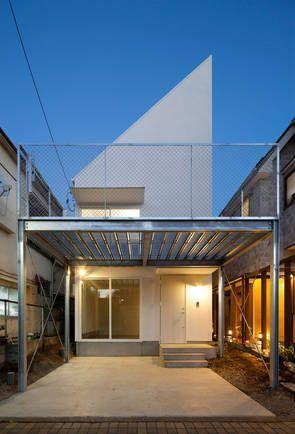 Einfamilienhaus, Tokio, Kodaira, International Royal Architecture, Dach, Holzverkleidung, Lichtband, verdichtetes Wohnen, Ansicht