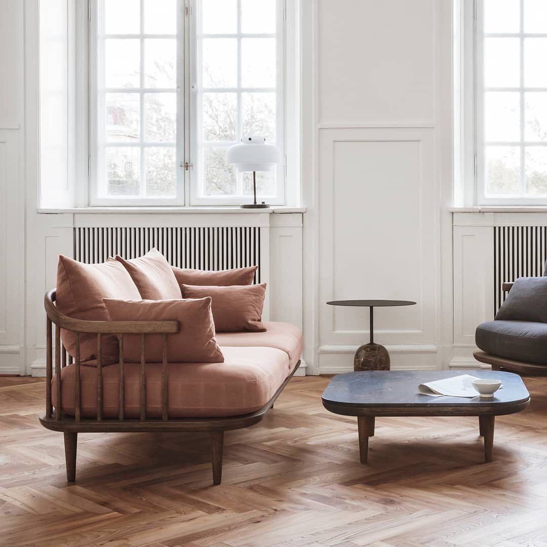Design Facon Scandinave En 2020 Design Danois Coussin Scandinave Design