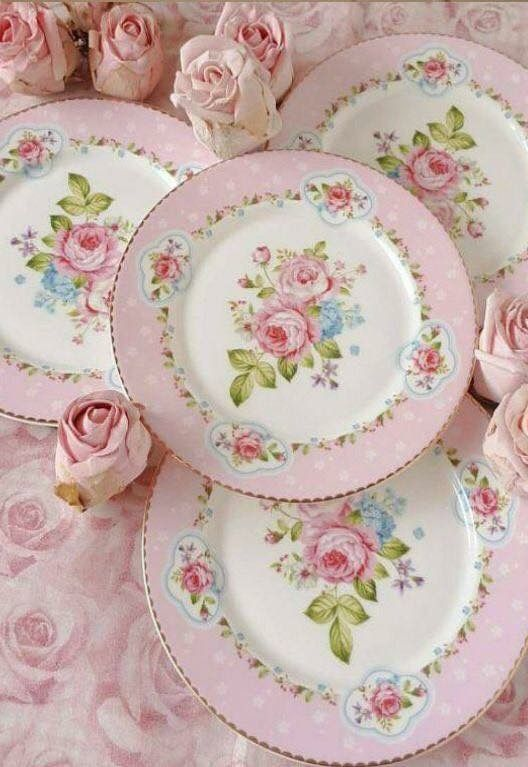 shabby chic dinner plates pink and white with pink roses and green leaves in center shabby. Black Bedroom Furniture Sets. Home Design Ideas