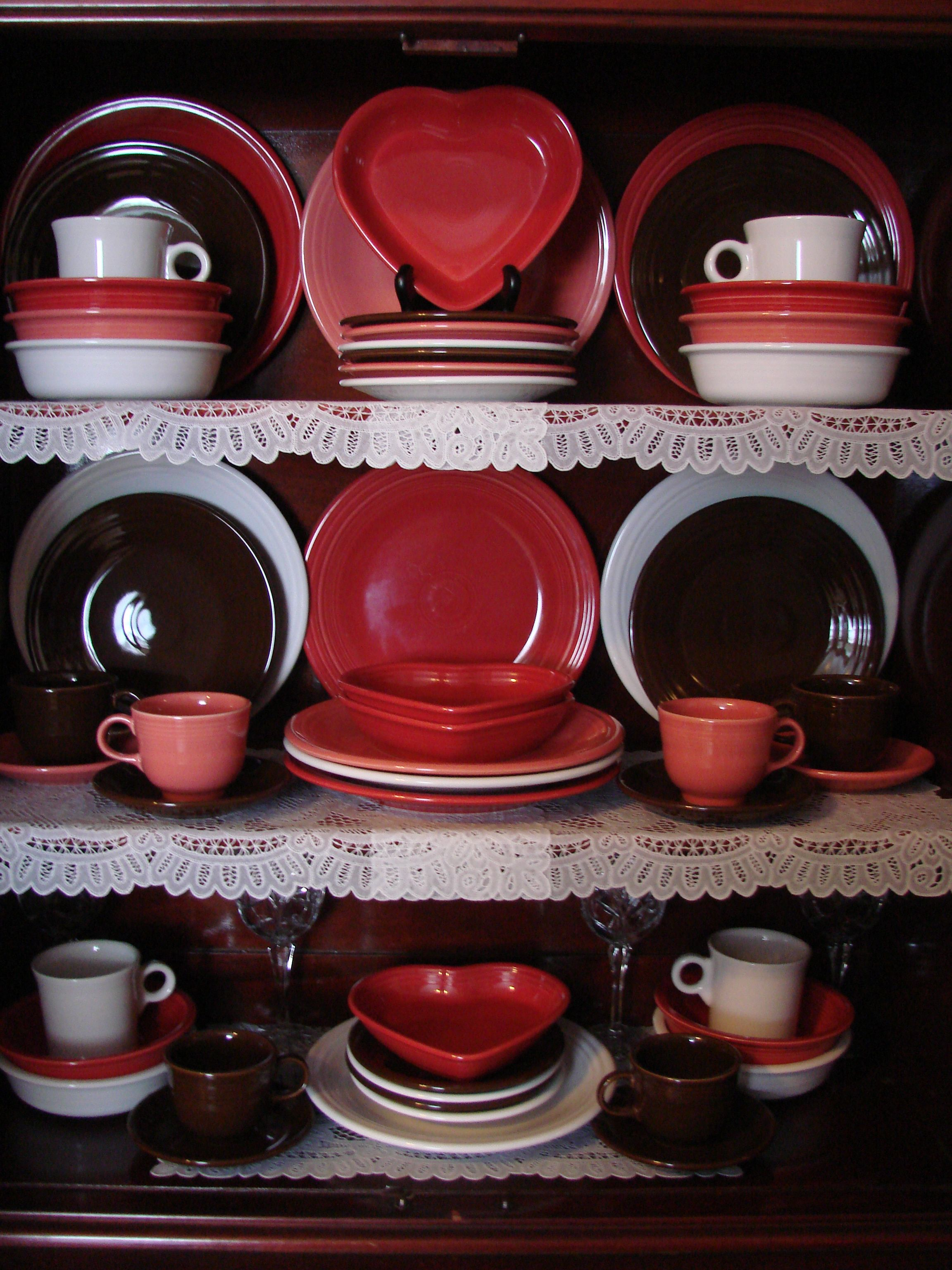 Fiestaware chocolate scarlet flamingo white scarlet heart bowls. A Valentines : chocolate fiesta dinnerware - pezcame.com