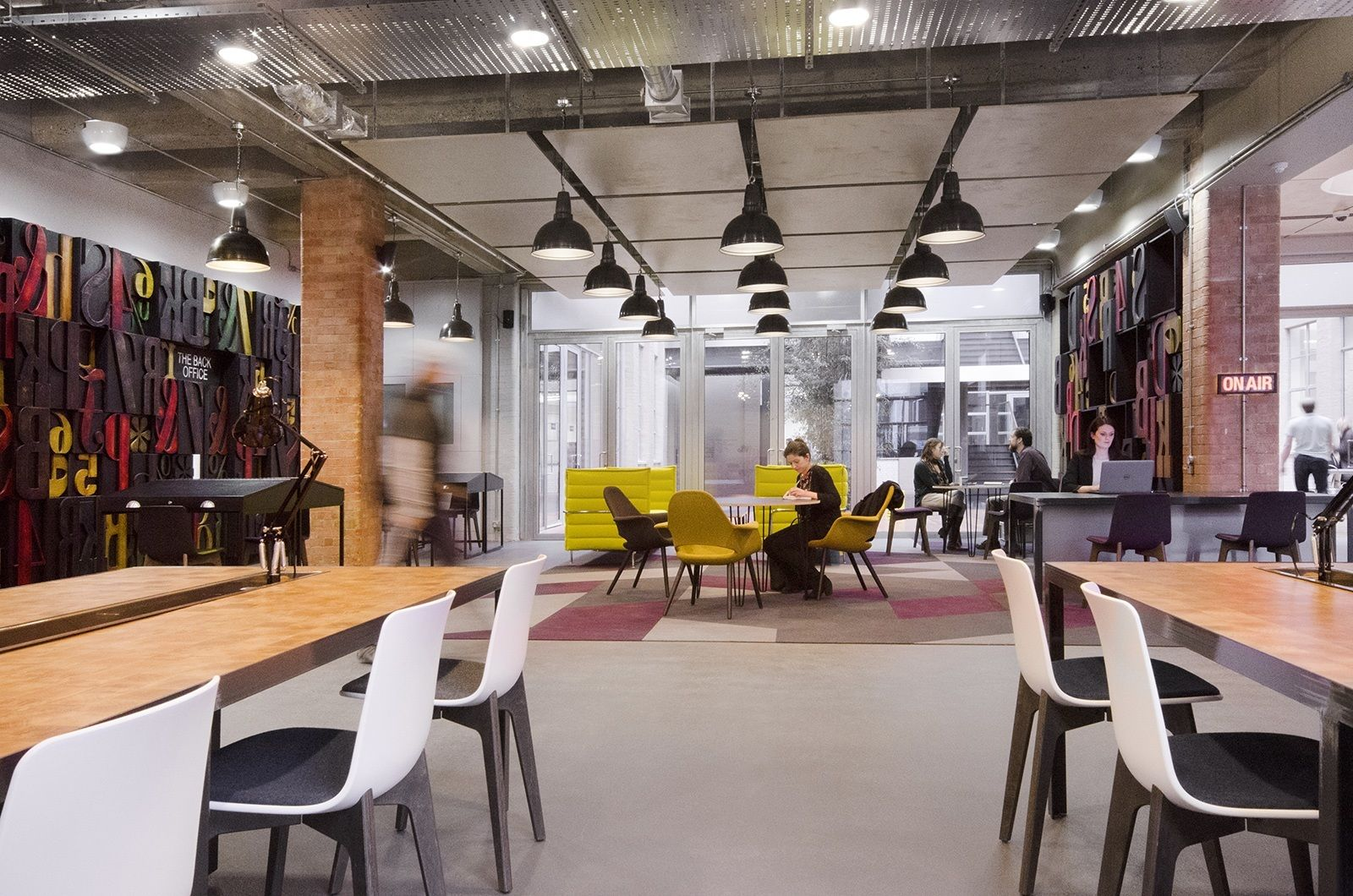 A Tour Of Club Workspace S Bankside Coworking Space Coworking Space Modern Office Design Coworking