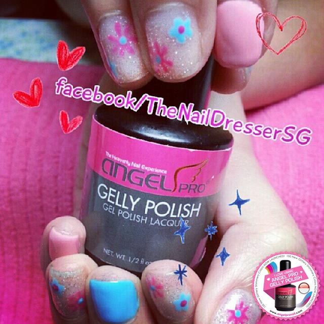 #angelprogelly #nail  #nailart #naildesign #gellyart #handdrawn #floral #floralnail