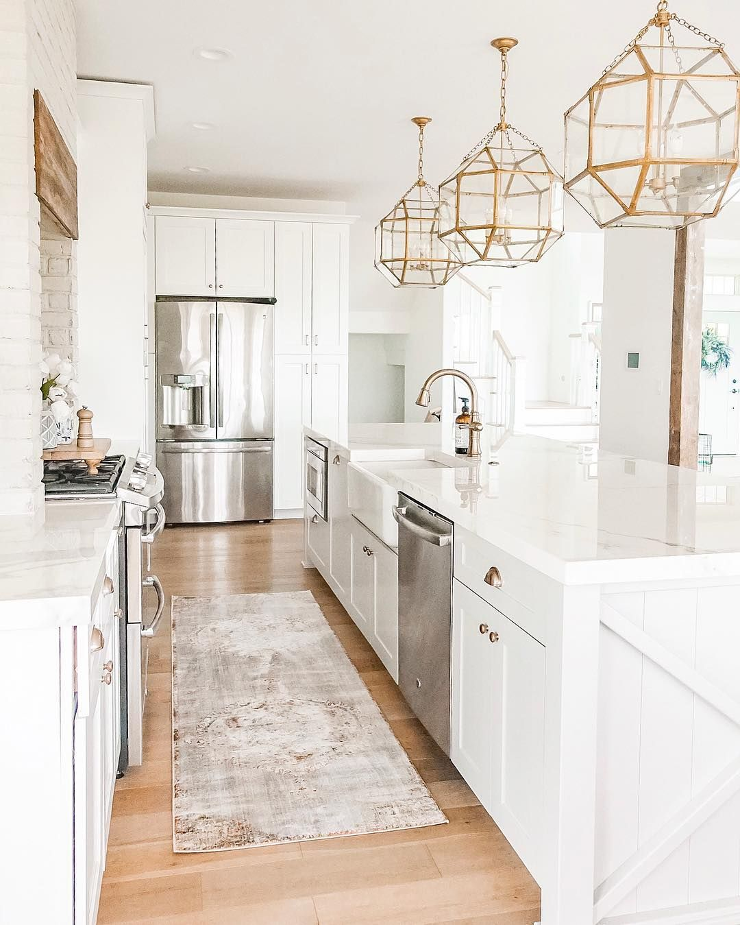 White Kitchen Brass Gold Light Fixture And Hardware Big Kitchen Island White Cabinets Farmh White Kitchen Design Kitchen With Big Island Gold Light Fixture