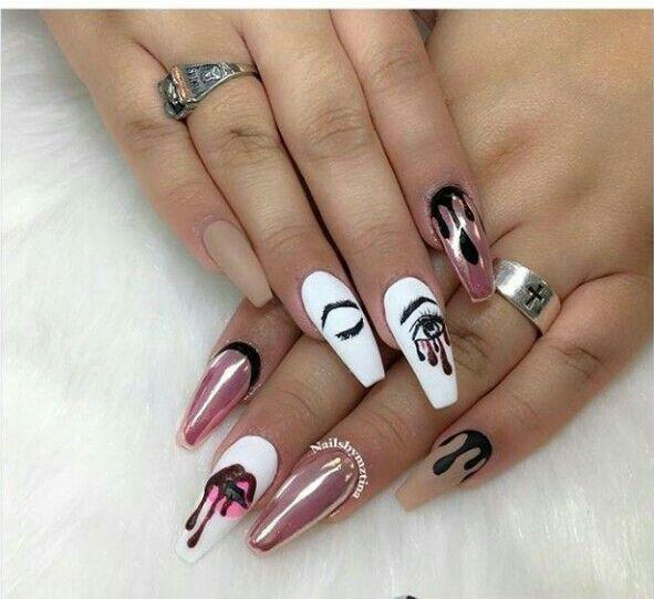 Nails Kylie Jenner ציפורניים Nails Acrylic Nails Nail Designs