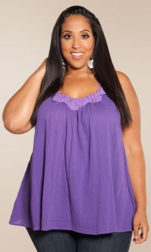 SO IN LOVE WITH THIS TOP! #plussize #fashion www.curvaliciousclothes.com Sizes 1X-6X