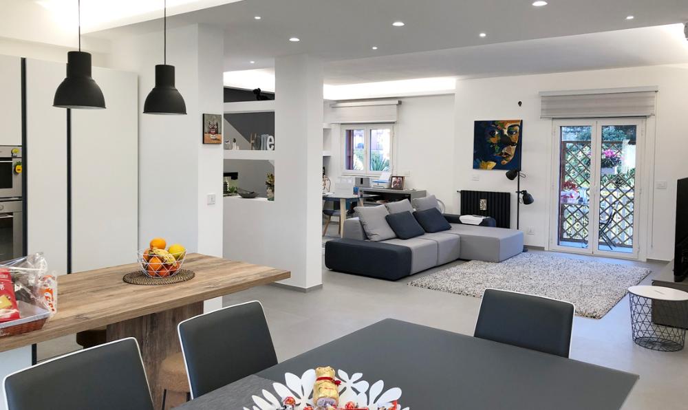 La casa diventa moderna tra spazi aperti, domotica e ...