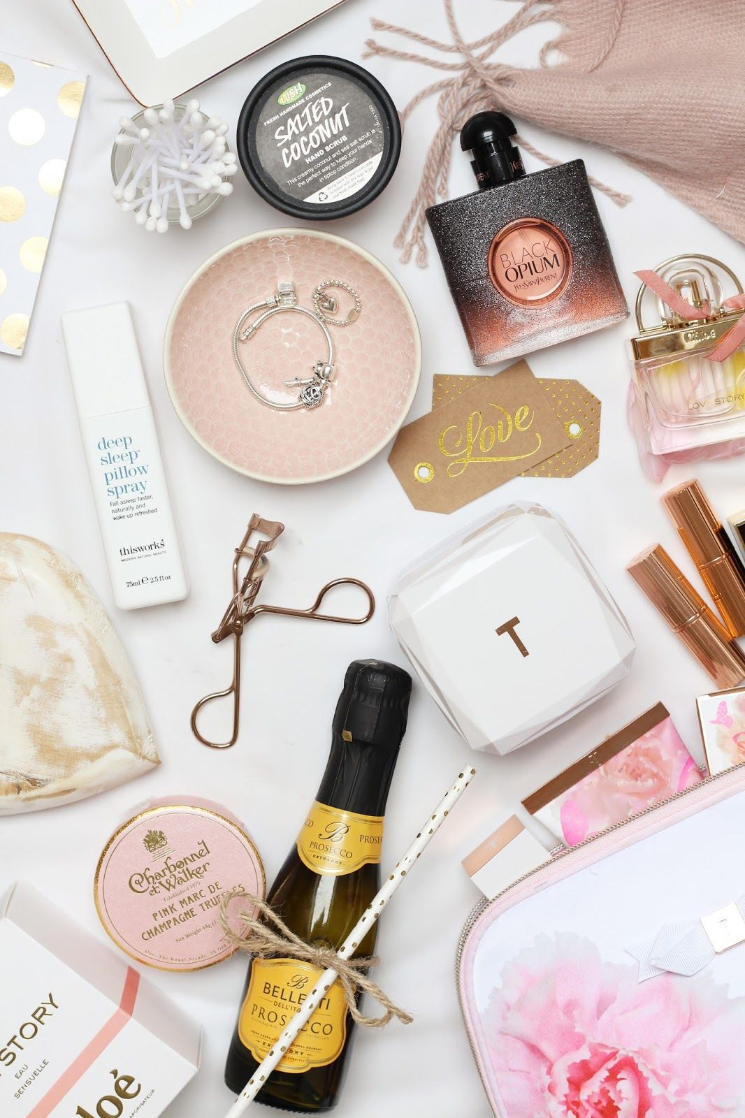 Mothers Day Gift Guide / What to get your mum for Mothers