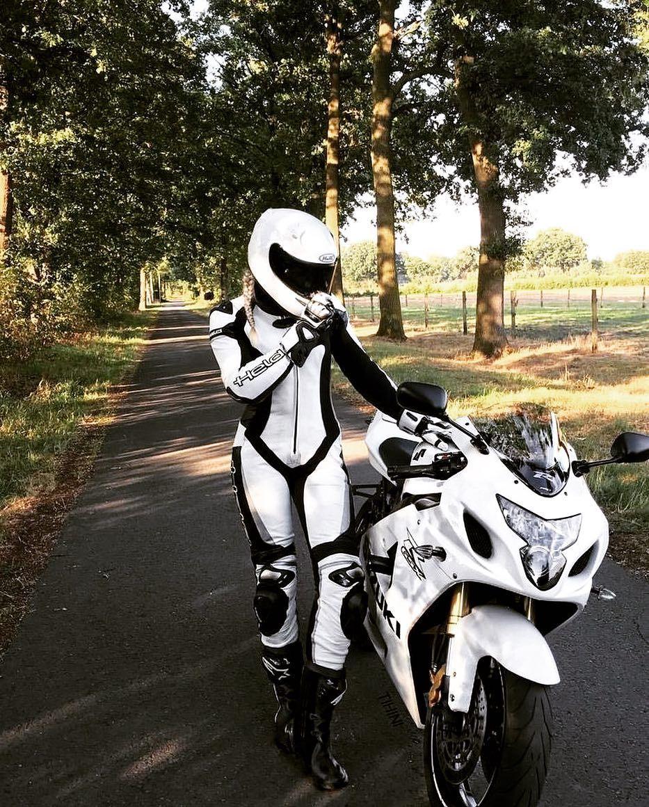 """MOTO WORLD OF WOMEN on Instagram: """"#motocycle #motocycler #motorbike #motorbiker #moto #worldofmotorcycles #motobikelovers #motowomen #motowoman #motogirl #lifestyle #lover…"""""""