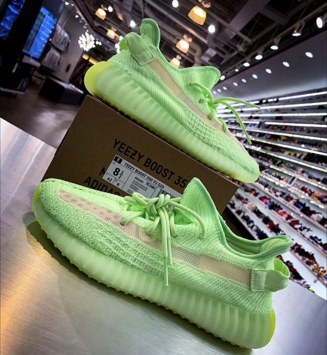 Adidas yeezy boost, Adidas fashion shoes