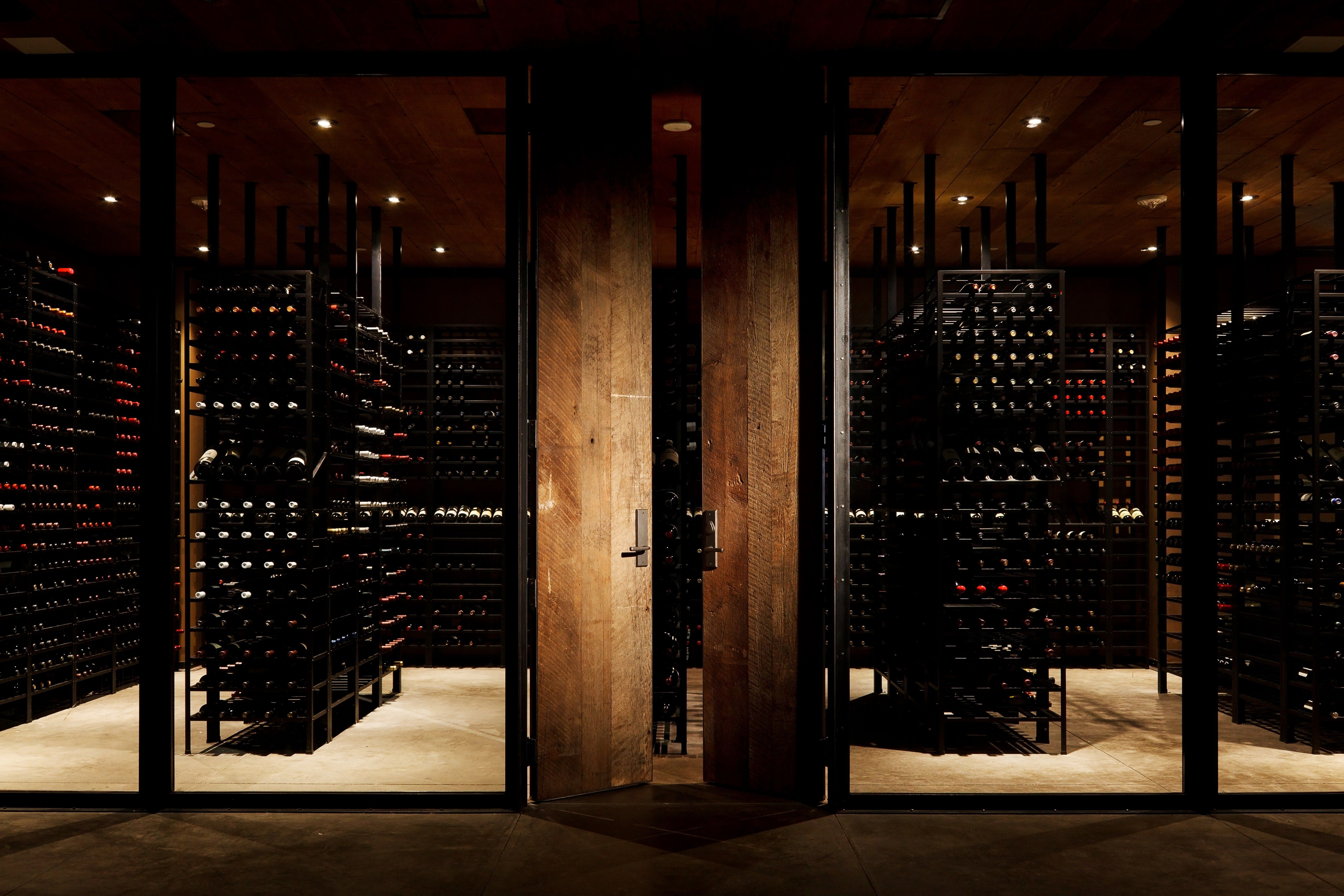 These 5 Restaurants Have The World S Best Wine Cellars Napa Valley Guide Napa Valley Wine Cooler