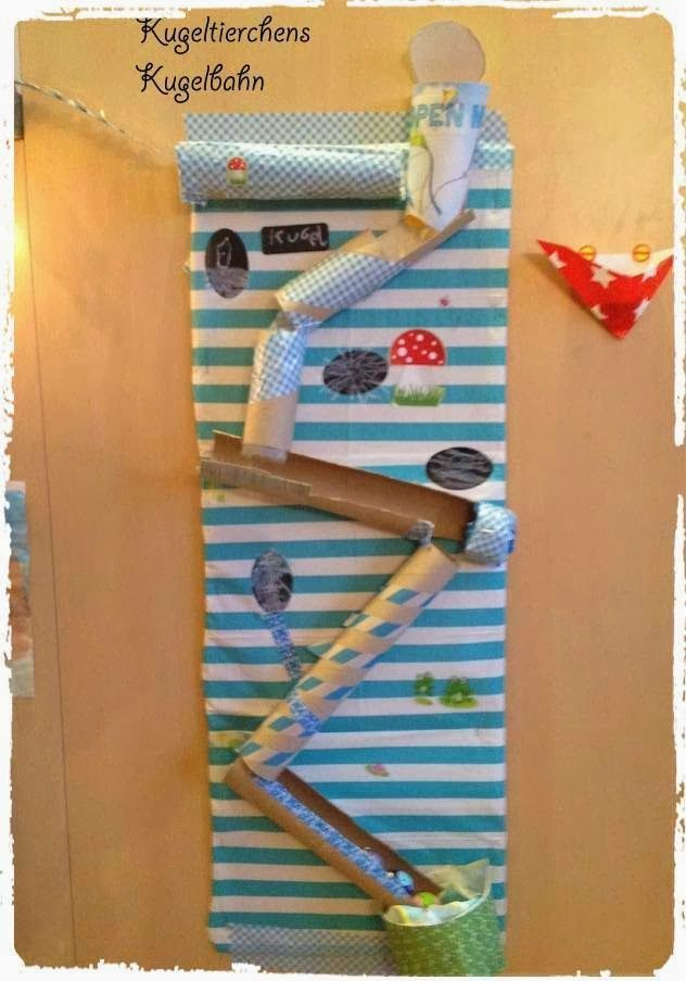 kugelbahn aus papprollen ballpath made from old. Black Bedroom Furniture Sets. Home Design Ideas