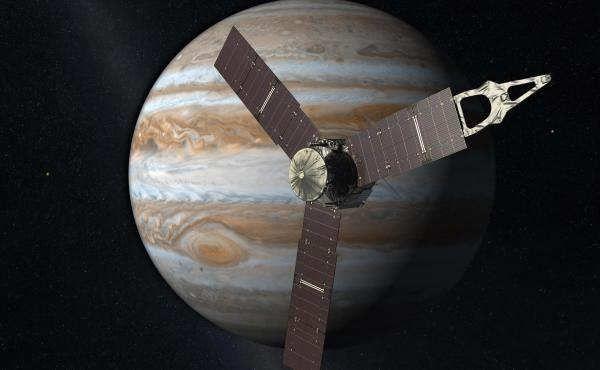 Tras completar su último sobrevuelo, la sonda Juno de la NASA ha revelado nuevos detalles sobre Júpiter, el planeta que explora desde el pasado verano.La nave espacial Juno completó con éxito el último sobrevuelo alrededor de Júpiter. La NASA ha confirmado que, durante la operación, todos los instrumentos científicos y la cámara de la sonda permanecieron activos recogiendo información que está siendo enviada de vuelta a nuestro planeta.En la actualidad,...