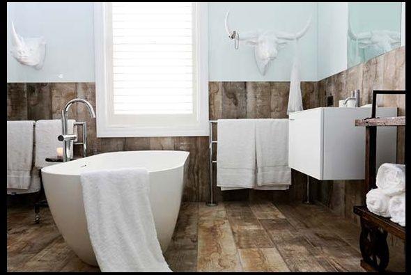 floorboard tiles bathroom
