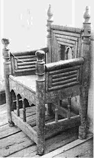 Chair from Norlanda Church, Visby, Gotland. The chair is made with oak chair posts and the remaining parts from ash. Mid-thirteenth century.