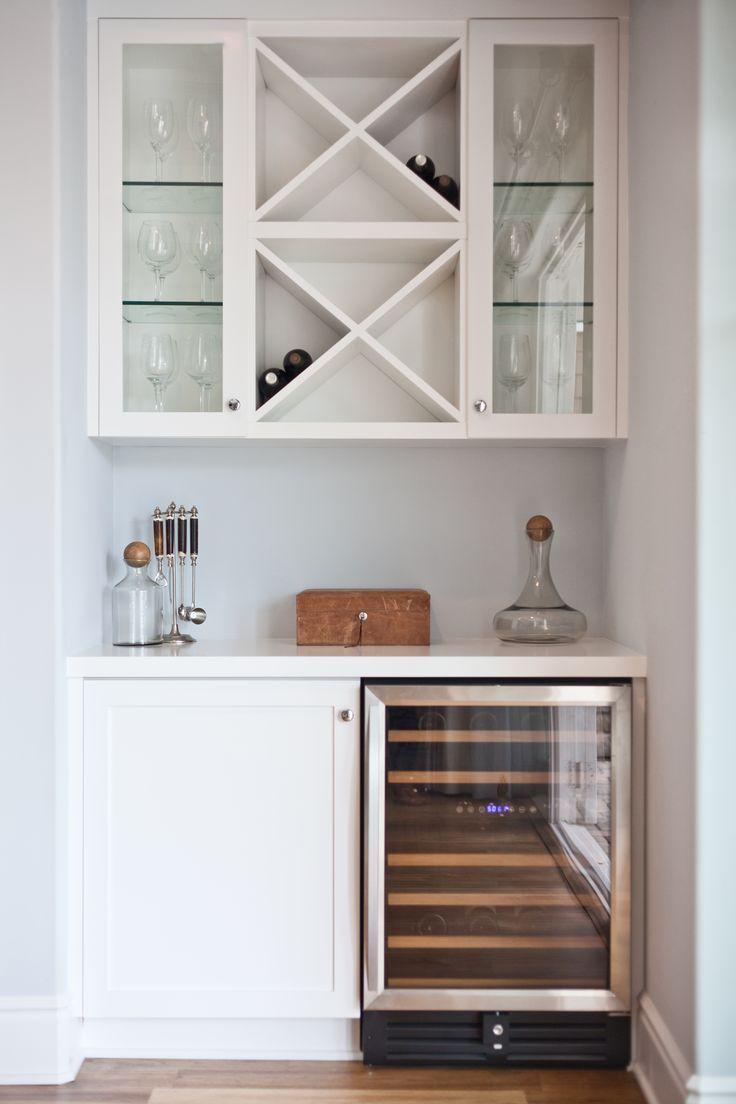 Lovely Lil Minibar Station With Bat Fridge And Wine Storage